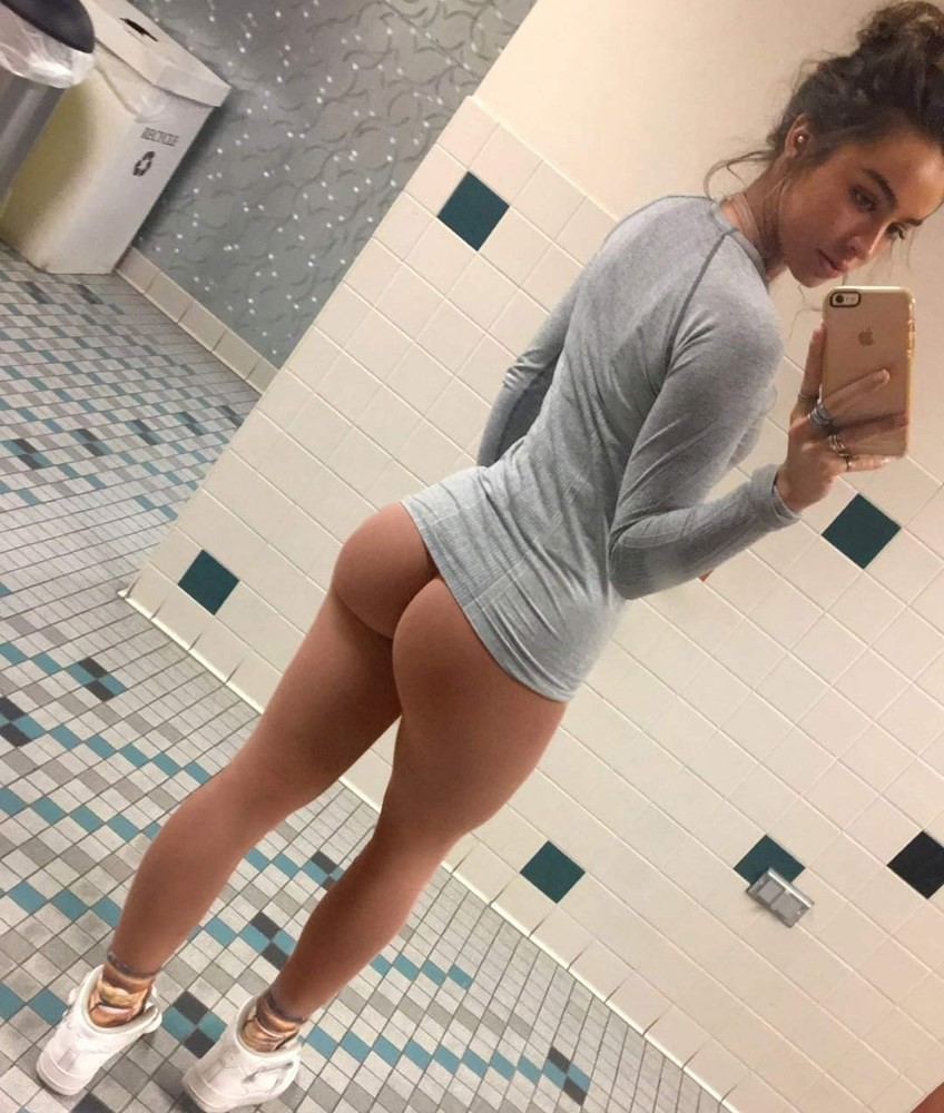 sommer ray ass
